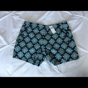 Banana Republic Shorts Size 2 NWT